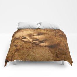 Head of a Woman Painting by Leonardo da Vinci Comforters