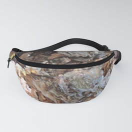 TEXTURES: Weeping Big Cone Pine Bark Fanny Pack