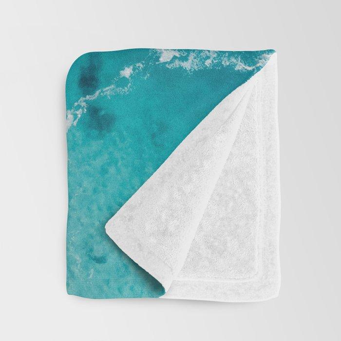 Sea 4 Throw Blanket