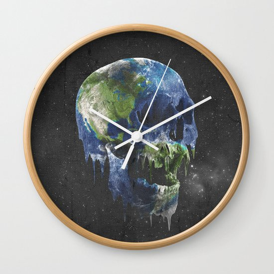 mothers dying Wall Clock