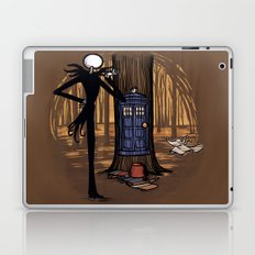 What's This? What's This? Laptop & iPad Skin