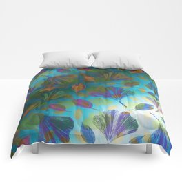 Ginkgo Leaves Under Water Comforters