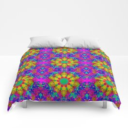 Pink Turquoise and Yellow Retro Pattern Comforters