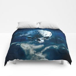 Reaper Moon Rising / 3D render of cratered skull moon in night sky Comforters