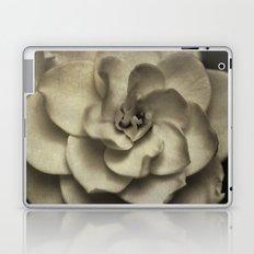 Vintage B/W Gardenia Laptop & iPad Skin