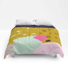 Crumbling No.1 Comforters