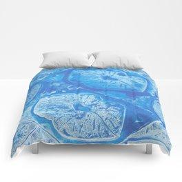 icy kiss Comforters