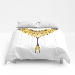 Comet moth (Argema mittrei) Comforters