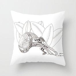 Pasiòn in Amazzonia Throw Pillow