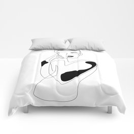 Lined pose Comforters