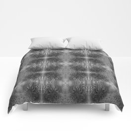 Tryptile 17 B+W (Repeating 1) Comforters