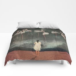 Hanging on to a Dream Comforters