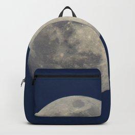 Super Blue Moon 2018 sunrise. Blue sky at sunset Backpack