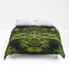 Peering Greens Comforters