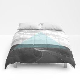 Geo Trip Cyan Comforters