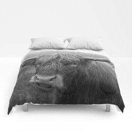 Highland cow I Comforters
