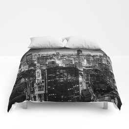 Chicago Skyline at Night Comforters
