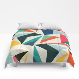Collection of pointy summit Comforters