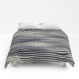 Waving Lines Comforters