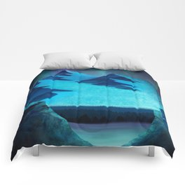 Aurora Borealis In The Mountain Pass Comforters