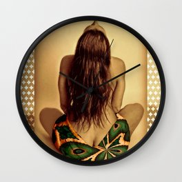 Lei Victorious Wall Clock