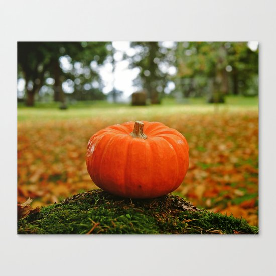 Cemetery pumpkin Canvas Print