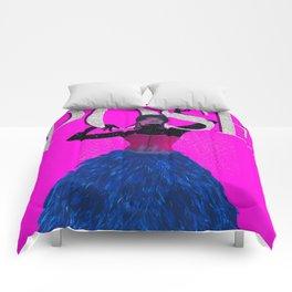 P O S E Comforters