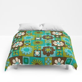 Flower power retro design Comforters