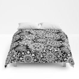 Black and White Mandala Pattern Comforters