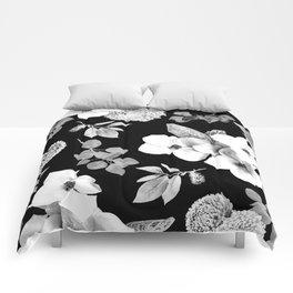Night bloom - moonlit bw Comforters
