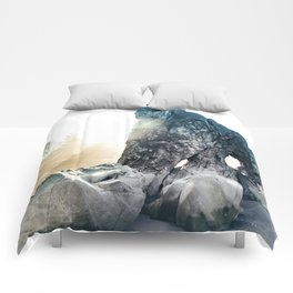 Protector Of Ruby Beach Comforters