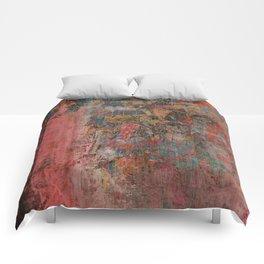 Elegante Signora in un Giorno Piovoso Comforters