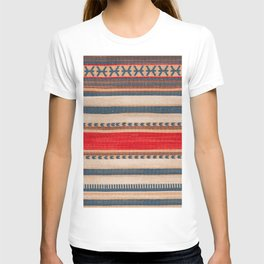 N66 - Classic Oriental Moroccan Style Fabric. T-shirt