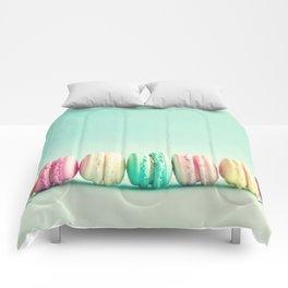 Macarons, macaroons row, pop art Comforters