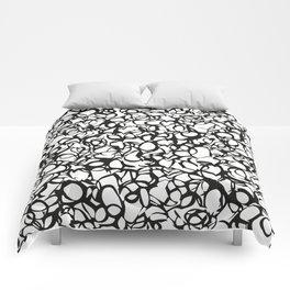 Vacio-b&w Comforters
