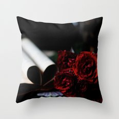 my love is like a red, red rose Throw Pillow