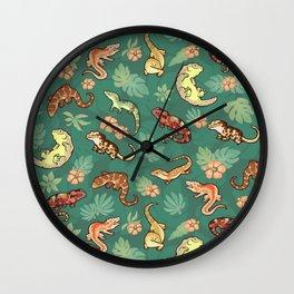 Gecko family in green Wall Clock