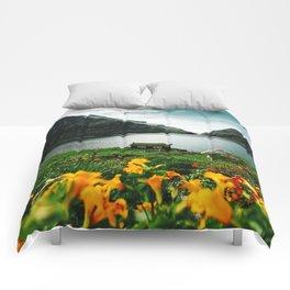 cottage in saksun faroe islands Comforters