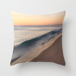 smooth waves Throw Pillow