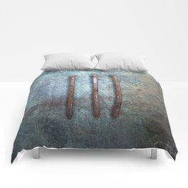 Three Nails Comforters