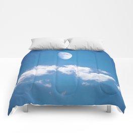 Daytime - Gibbous Moon Comforters