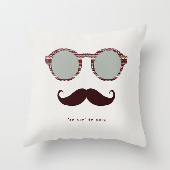 je m'en fous #2 Throw Pillow