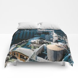 New York sky view Comforters