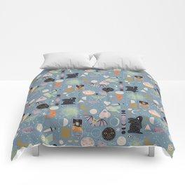 Lunar Pattern: Blue Moon Comforters