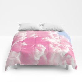 Retro cotton candy clouds Comforters