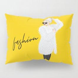 Girl in fluffy fur Pillow Sham