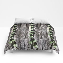 Green Grape Vine Leaves on Rustic Wood Background Comforters