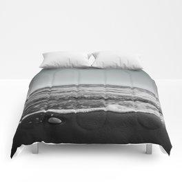 BEACH DAYS XXIII BW Comforters