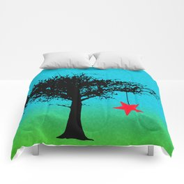 Star in the tree Comforters