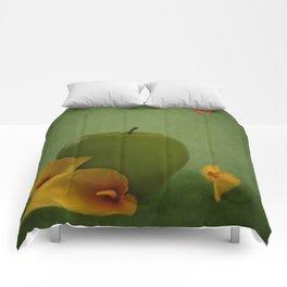 ONE APPLE FELL Comforters